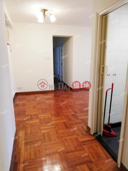 Property Search Hong Kong | OneDay | Residential | Rental Listings Block 5 Serenity Place | 3 bedroom Low Floor Flat for Rent