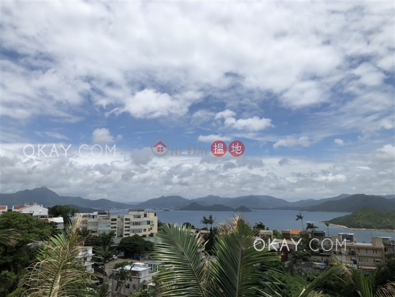 HK$ 75,000/ month   Ng Fai Tin Village House Sai Kung   Luxurious house with rooftop & parking   Rental