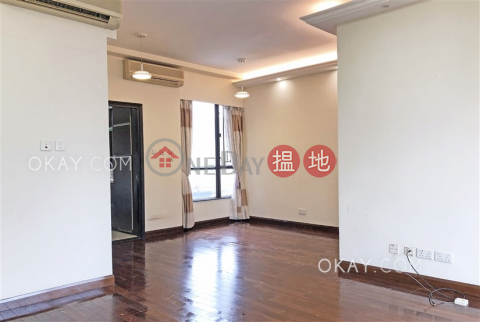 Lovely 3 bedroom with balcony & parking | Rental|WELLGAN VILLA(WELLGAN VILLA)Rental Listings (OKAY-R54343)_0