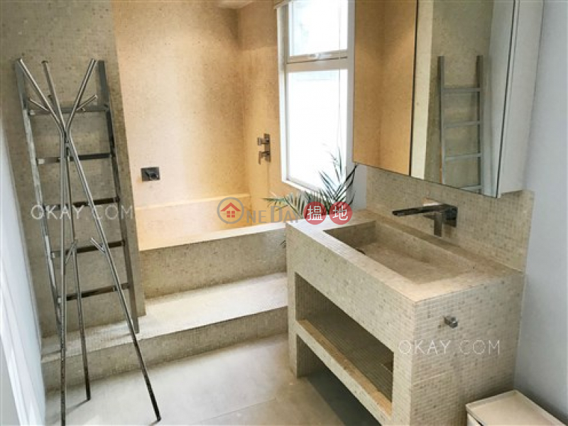 Property Search Hong Kong | OneDay | Residential | Rental Listings Nicely kept 1 bedroom in Central | Rental
