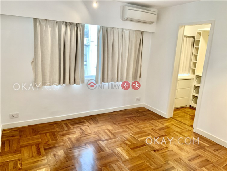 HK$ 18M Grand Court   Western District   Lovely 2 bedroom in Mid-levels West   For Sale