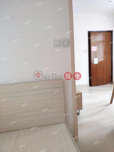 HK$ 17,500/ month, Leader House | Western District, Leader House | 2 bedroom Low Floor Flat for Rent