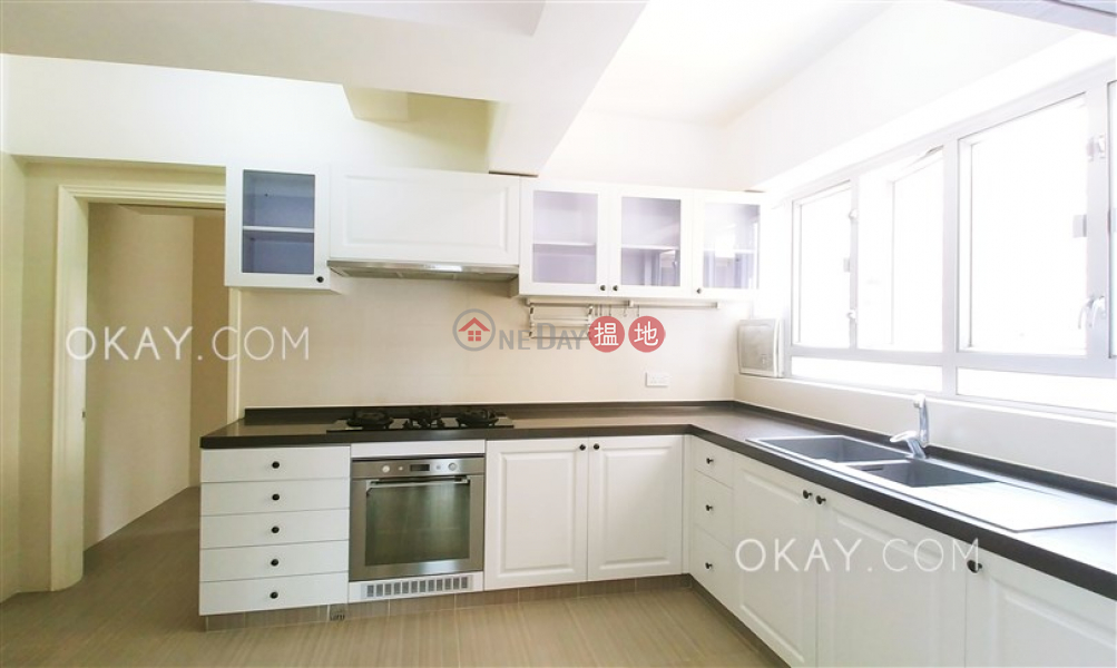 HK$ 83,000/ month, Sky Scraper | Eastern District Rare 3 bedroom on high floor with balcony & parking | Rental