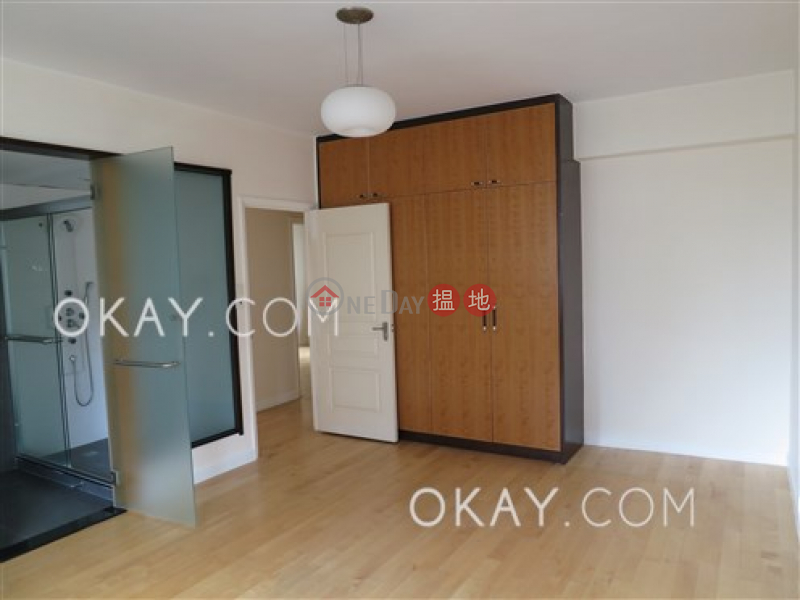 HK$ 138,000/ month | Pearl Gardens, Western District, Efficient 3 bedroom with balcony & parking | Rental