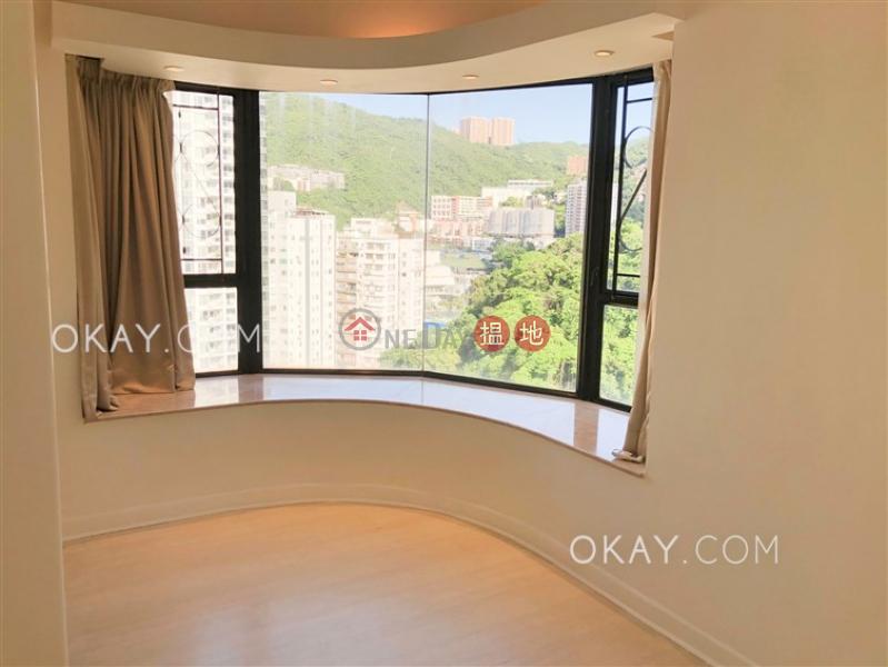 HK$ 33,000/ 月 蔚雲閣 灣仔區 2房1廁,實用率高,露台《蔚雲閣出租單位》