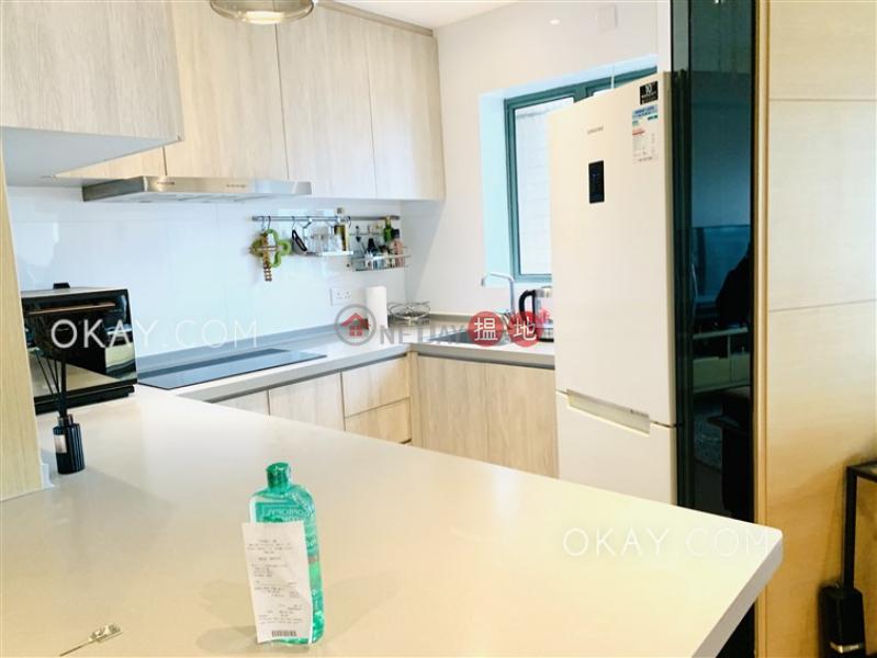 2房1廁,極高層,星級會所《維港灣2座出售單位》 維港灣2座(Tower 2 Island Harbourview)出售樓盤 (OKAY-S140342)