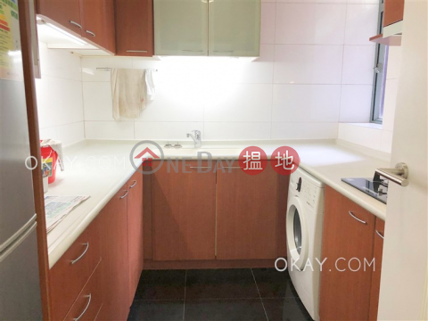 Unique 3 bedroom with balcony | For Sale|Western District2 Park Road(2 Park Road)Sales Listings (OKAY-S46720)_0