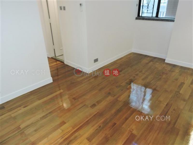 HK$ 26,500/ month Bella Vista | Western District Lovely 3 bedroom in Mid-levels West | Rental