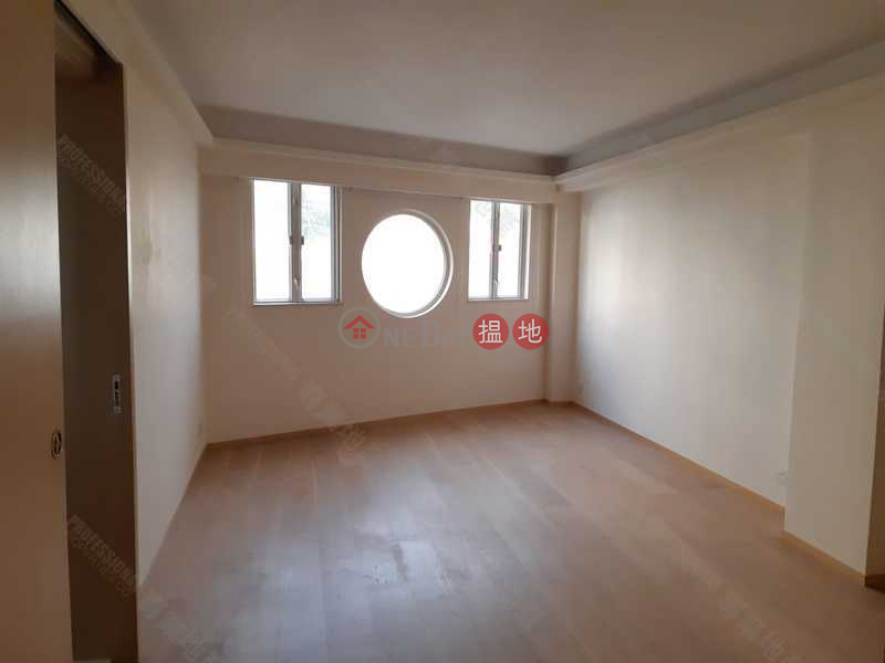 HK$ 68,000/ month Phase 2 Villa Cecil, Western District, VILLA CECIL PHASE II