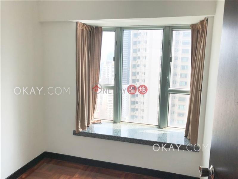 HK$ 42,000/ month, Casa Bella Central District Gorgeous 3 bedroom in Mid-levels West | Rental