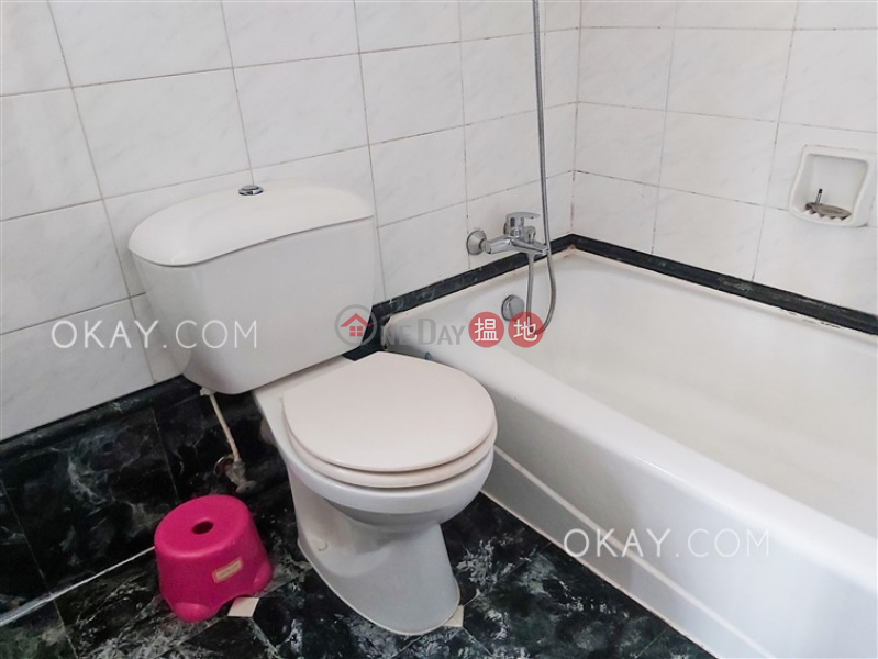 Nicely kept 3 bedroom with harbour views | Rental | 51-61 Tanner Road | Eastern District | Hong Kong, Rental HK$ 32,000/ month