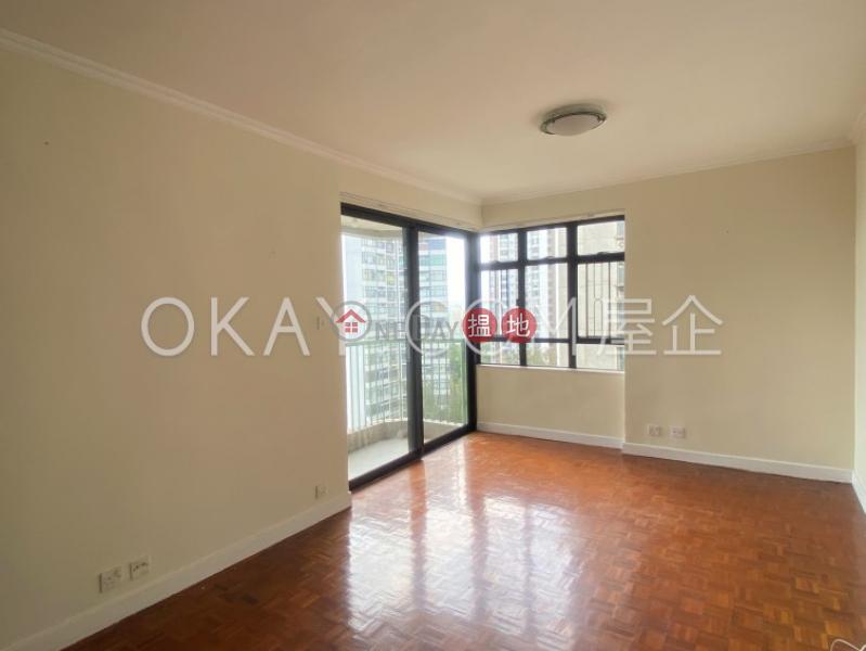 Lovely 3 bedroom with balcony   For Sale, Discovery Bay, Phase 5 Greenvale Village, Greenburg Court (Block 2) 愉景灣 5期頤峰 韶山閣(2座) Sales Listings   Lantau Island (OKAY-S299237)