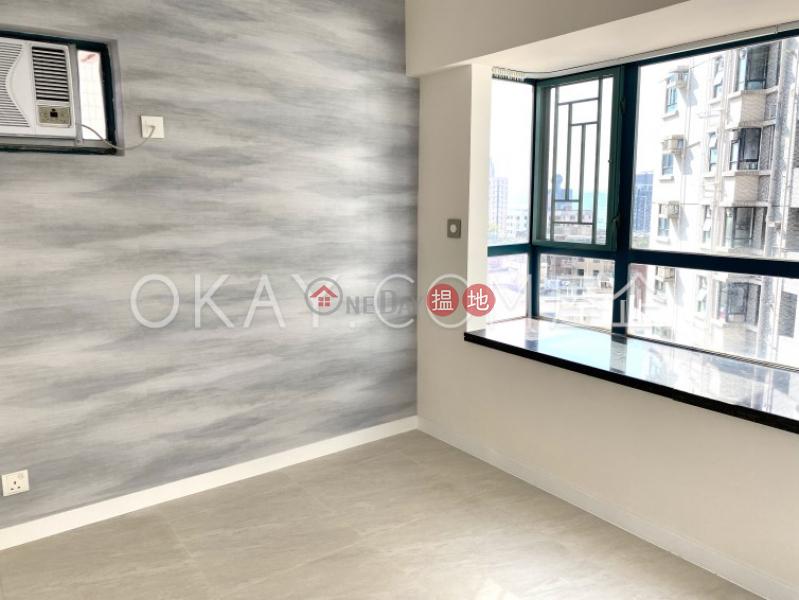 HK$ 30,000/ month, Prosperous Height | Western District, Cozy 3 bedroom in Mid-levels West | Rental