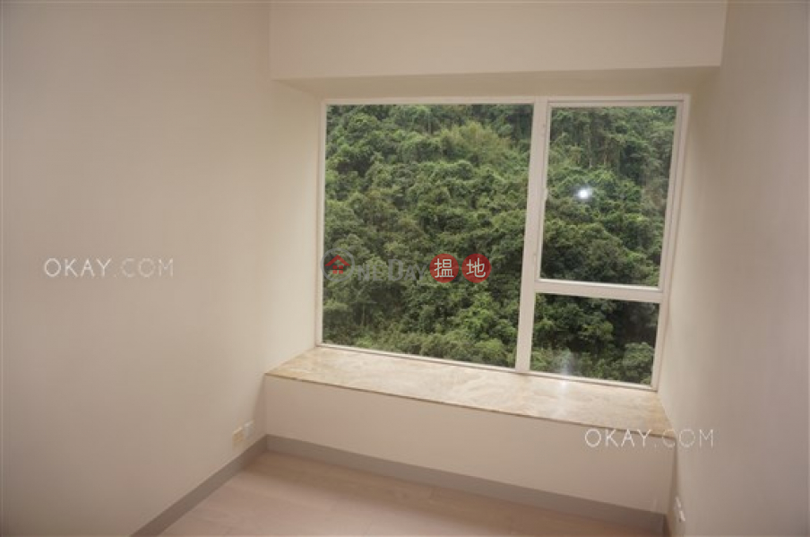 HK$ 61,000/ 月蔚皇居|中區-3房2廁,極高層,星級會所《蔚皇居出租單位》