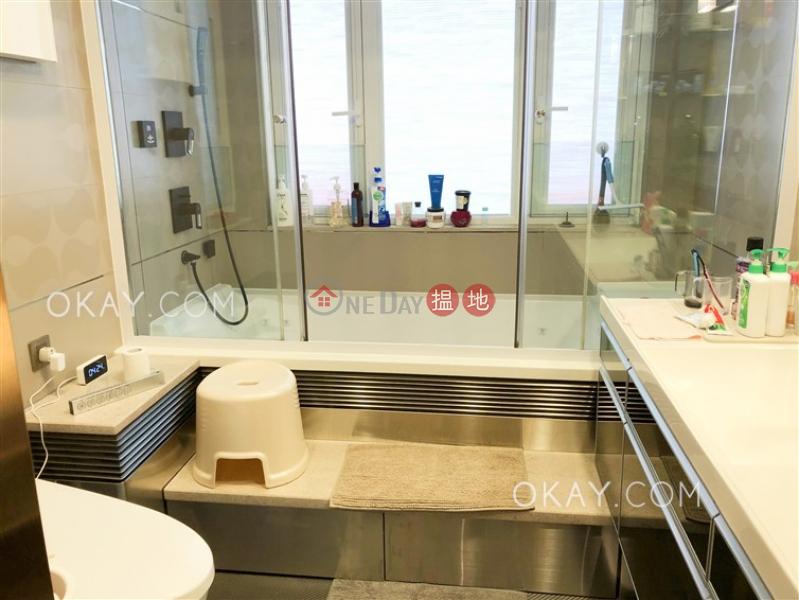 HK$ 55,000/ 月-利華閣灣仔區|2房2廁,實用率高,極高層,露台《利華閣出租單位》
