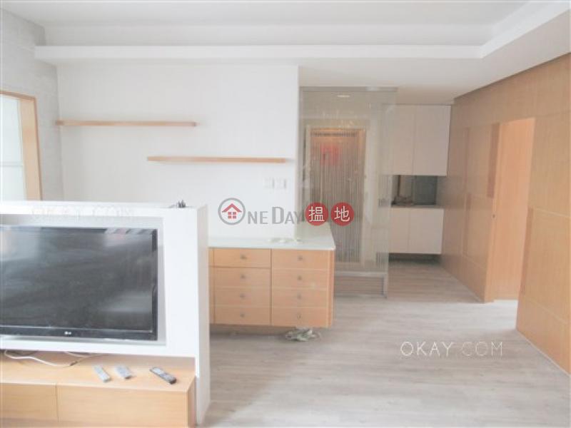 香港搵樓 租樓 二手盤 買樓  搵地   住宅出售樓盤 3房1廁,實用率高,極高層,連車位珊瑚閣 B-C座出售單位