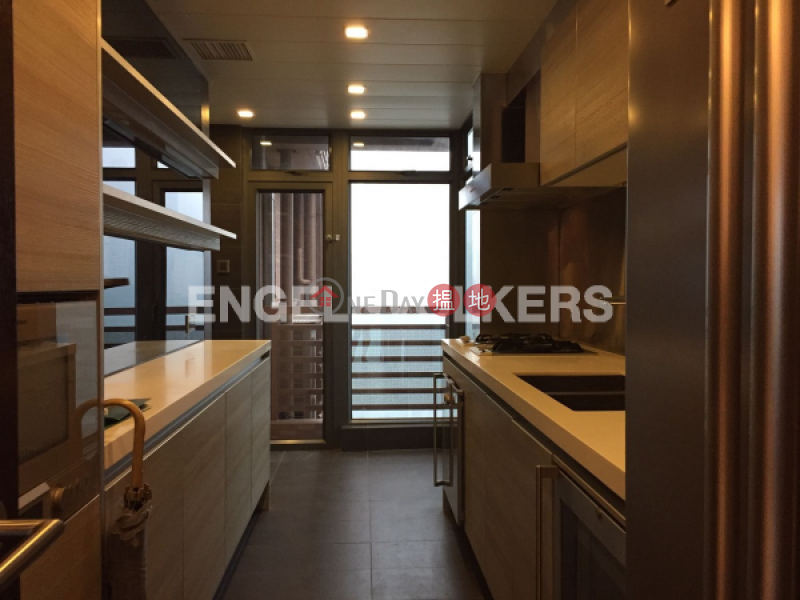 Property Search Hong Kong | OneDay | Residential Rental Listings | 3 Bedroom Family Flat for Rent in Happy Valley