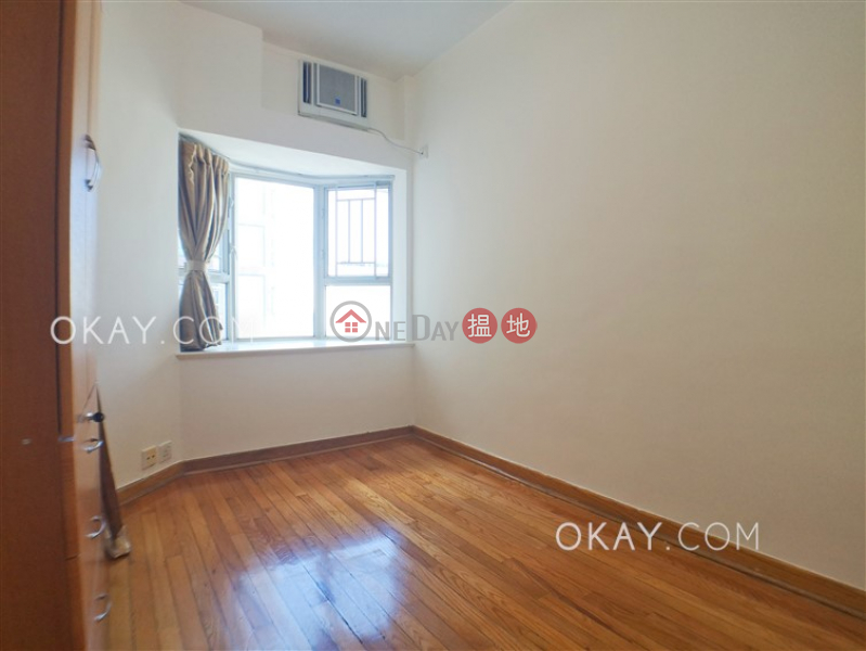 HK$ 40,000/ month Island Place, Eastern District Popular 3 bedroom on high floor with sea views   Rental
