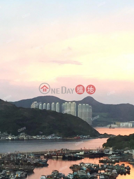 Property Search Hong Kong | OneDay | Residential Sales Listings | Block 3 Felicity Garden | 3 bedroom High Floor Flat for Sale