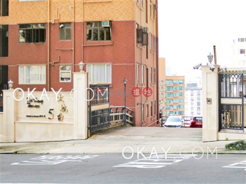 香港搵樓|租樓|二手盤|買樓| 搵地 | 住宅出租樓盤2房1廁,實用率高,極高層《大坑台出租單位》