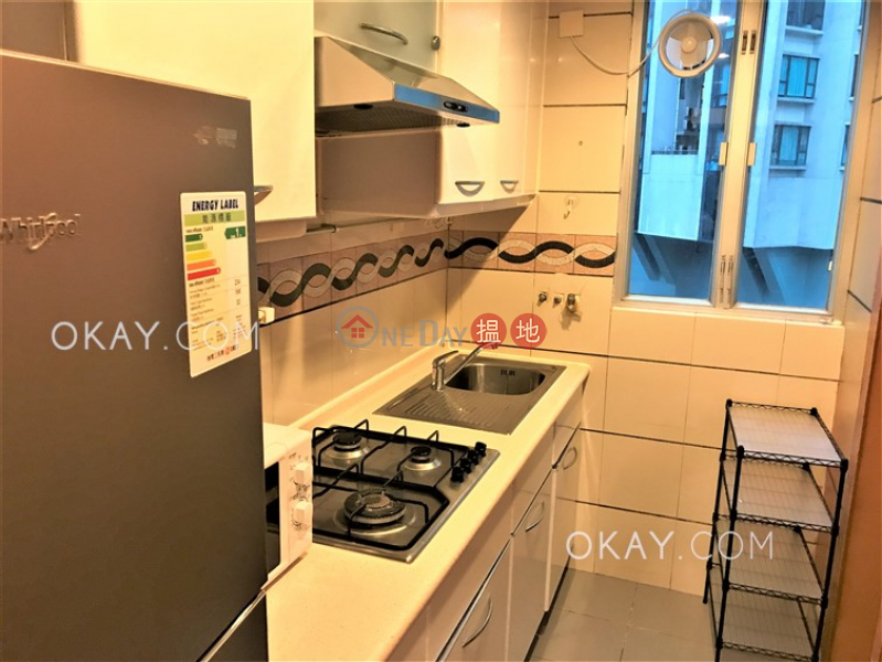 HK$ 31,000/ month, The Rednaxela Western District Charming 2 bedroom on high floor | Rental