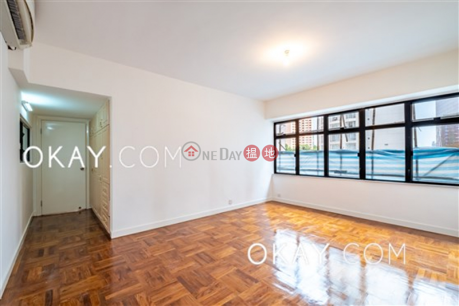 HK$ 70,000/ month, Woodland Garden, Central District Luxurious 3 bedroom with balcony & parking | Rental