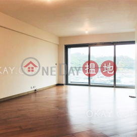 Stylish 4 bedroom with sea views, balcony | For Sale