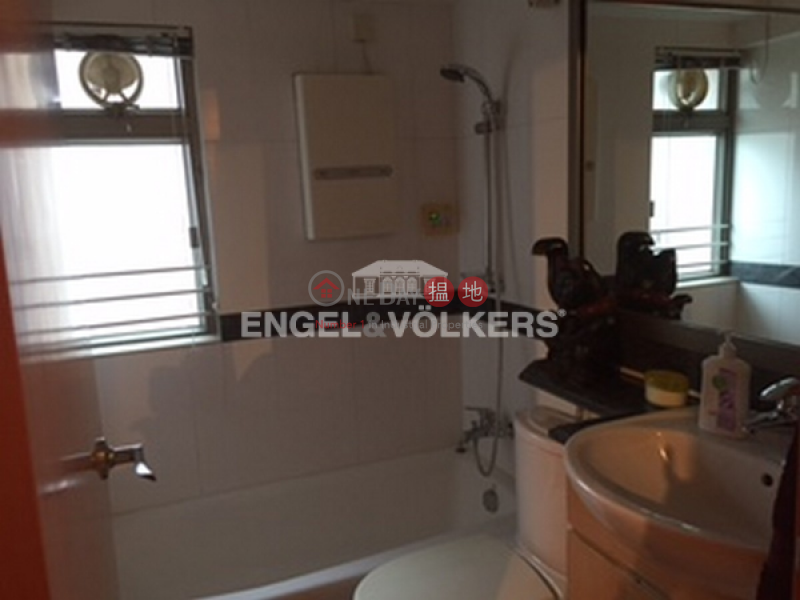 HK$ 13.5M Hilary Court Western District 2 Bedroom Flat for Sale in Sai Ying Pun