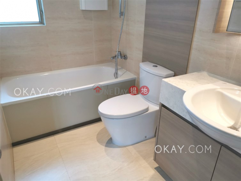 HK$ 28,700/ month, Hong Kong Gold Coast Block 21, Tuen Mun Lovely 3 bedroom with balcony & parking | Rental