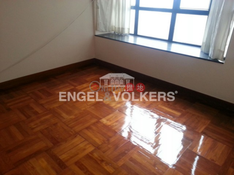 3 Bedroom Family Flat for Sale in Mid Levels West, 52 Conduit Road   Western District, Hong Kong   Sales HK$ 23M