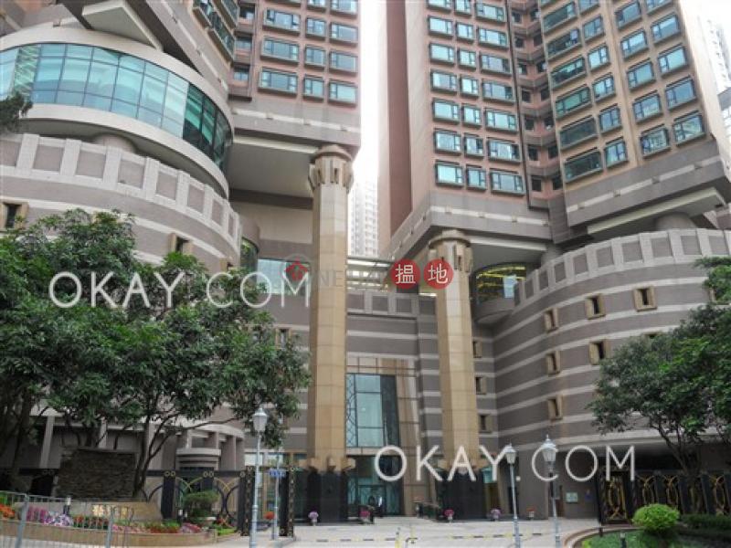 3房2廁,極高層,海景,星級會所《豪廷峰出租單位》28炮台山道   東區-香港出租HK$ 45,000/ 月
