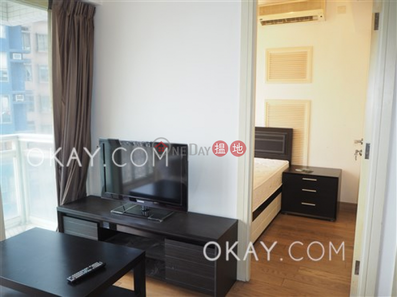 Cozy 2 bedroom with harbour views & balcony | Rental, 108 Hollywood Road | Central District | Hong Kong, Rental, HK$ 26,800/ month
