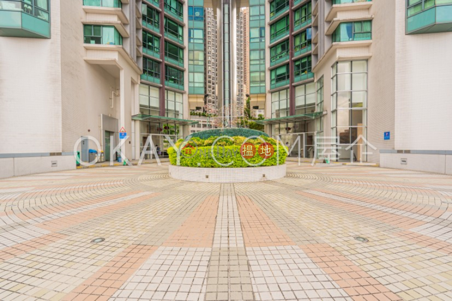 HK$ 28.5M 80 Robinson Road   Western District   Nicely kept 2 bedroom with harbour views & parking   For Sale