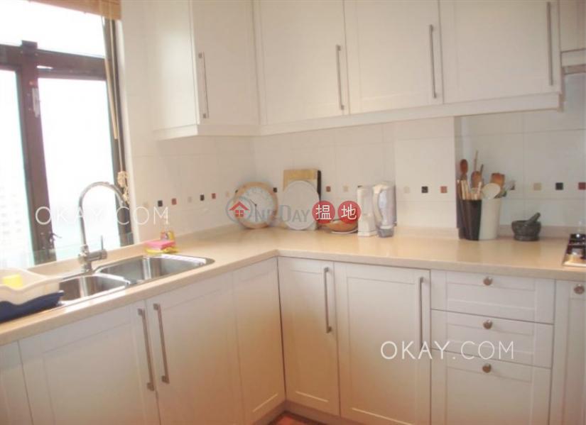 Nicely kept 3 bedroom on high floor with balcony | Rental, 10 Parkvale Drive | Lantau Island | Hong Kong, Rental HK$ 34,000/ month
