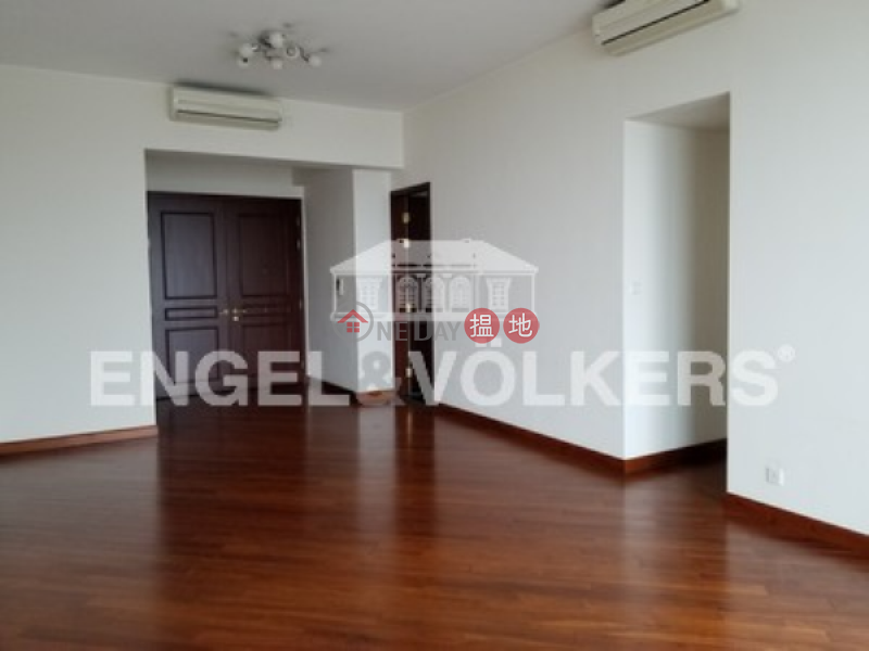 Property Search Hong Kong | OneDay | Residential Rental Listings | 3 Bedroom Family Flat for Rent in Tai Kok Tsui