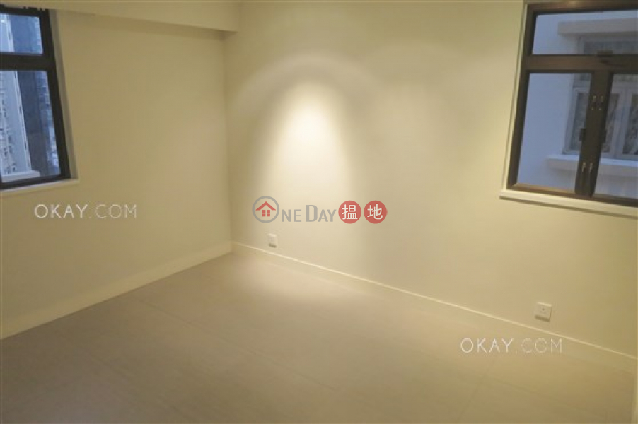 Gorgeous 3 bedroom in Happy Valley | For Sale | Friendship Court 友誼大廈 Sales Listings