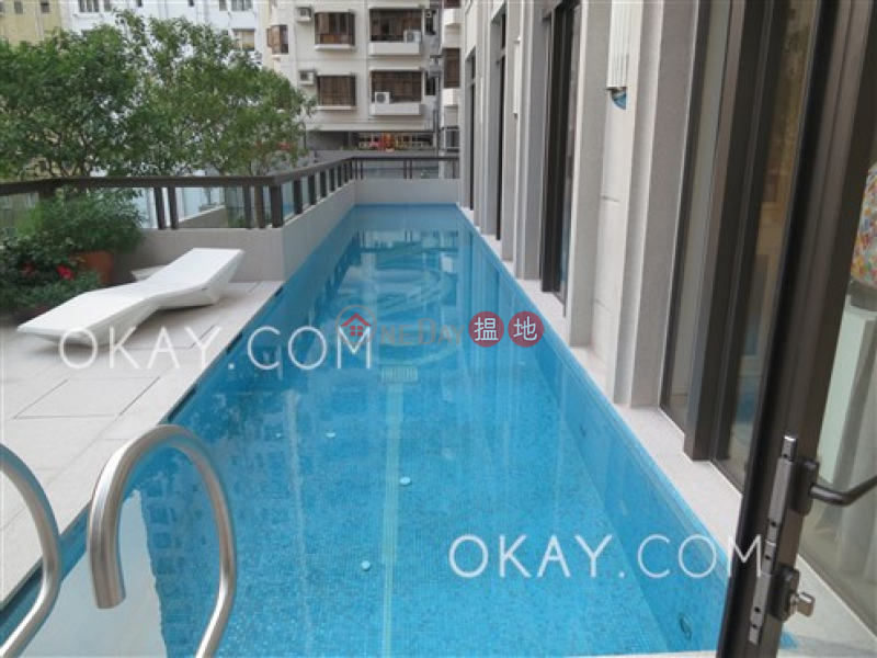 Elegant 1 bedroom with balcony | Rental, The Pierre NO.1加冕臺 Rental Listings | Central District (OKAY-R209627)
