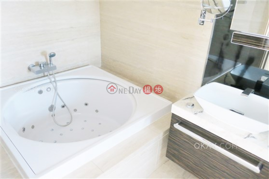 HK$ 9,000萬深灣 1座 南區-4房3廁,星級會所,可養寵物,連車位《深灣 1座出售單位》