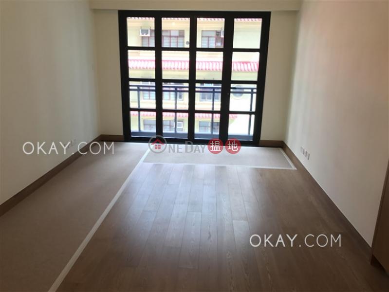 Lovely 2 bedroom with balcony | Rental, Resiglow Resiglow Rental Listings | Wan Chai District (OKAY-R323140)