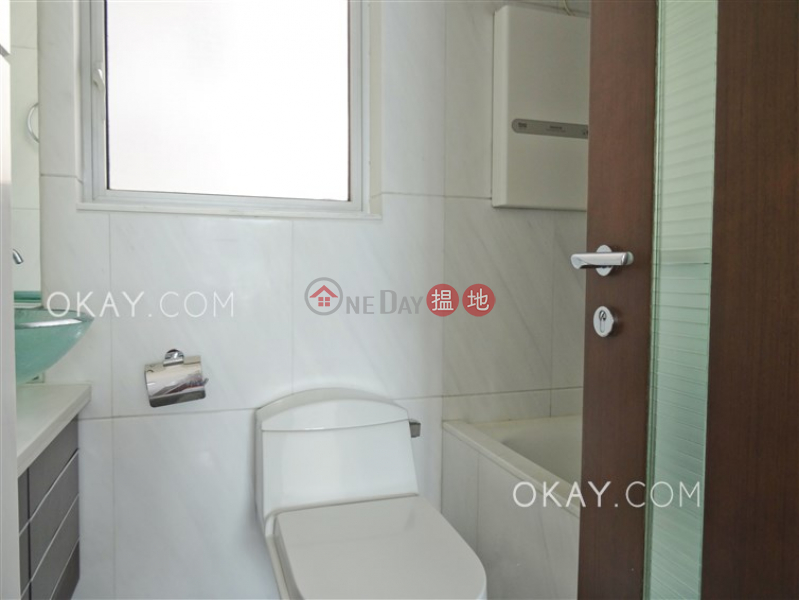 Property Search Hong Kong | OneDay | Residential, Rental Listings, Rare 2 bedroom in Kowloon Station | Rental