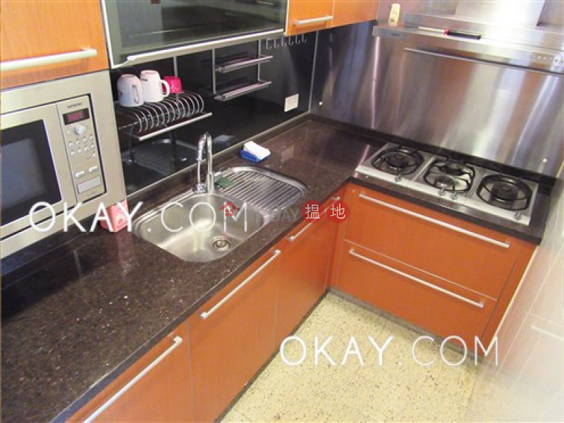HK$ 40,000/ month, The Arch Star Tower (Tower 2) Yau Tsim Mong, Nicely kept 2 bedroom with harbour views | Rental