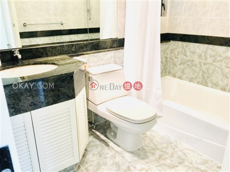 HK$ 61,000/ 月|堅尼地道150號|灣仔區3房2廁,實用率高,極高層,連車位《堅尼地道150號出租單位》