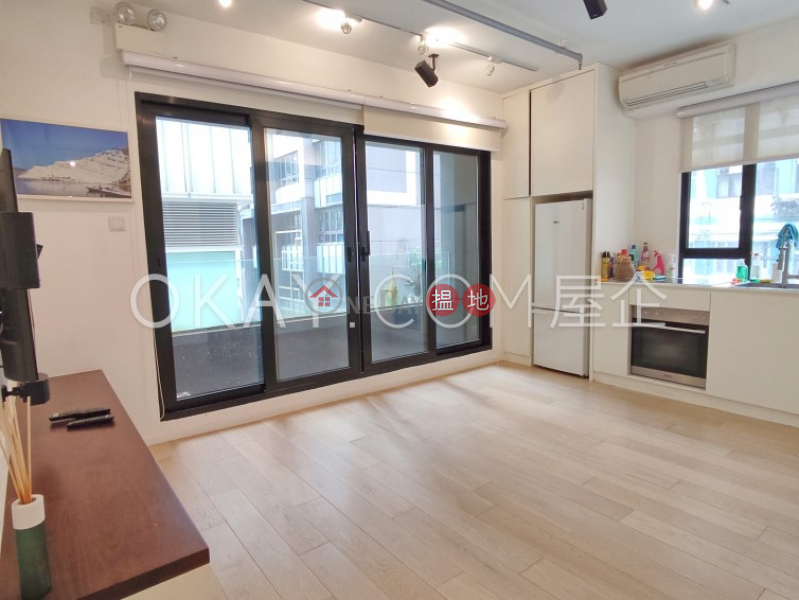 Intimate 1 bedroom with balcony   Rental, Kam Chuen Building 錦全樓 Rental Listings   Western District (OKAY-R314769)