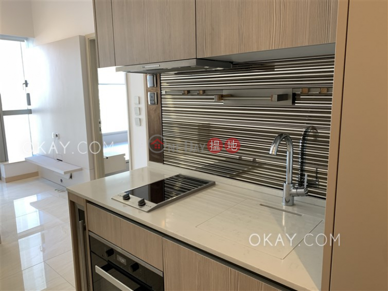 Unique 1 bedroom with balcony | Rental, King\'s Hill 眀徳山 Rental Listings | Western District (OKAY-R301733)