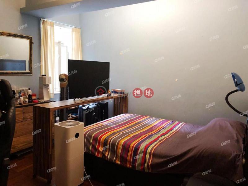 47-49 Blue Pool Road | 3 bedroom Low Floor Flat for Sale | 47-49 Blue Pool Road 藍塘道47-49號 Sales Listings