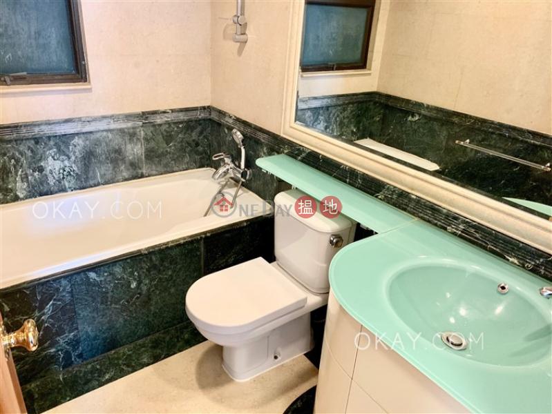 2房2廁,海景,星級會所,可養寵物《寶雲山莊出租單位》|寶雲山莊(Fairlane Tower)出租樓盤 (OKAY-R18098)