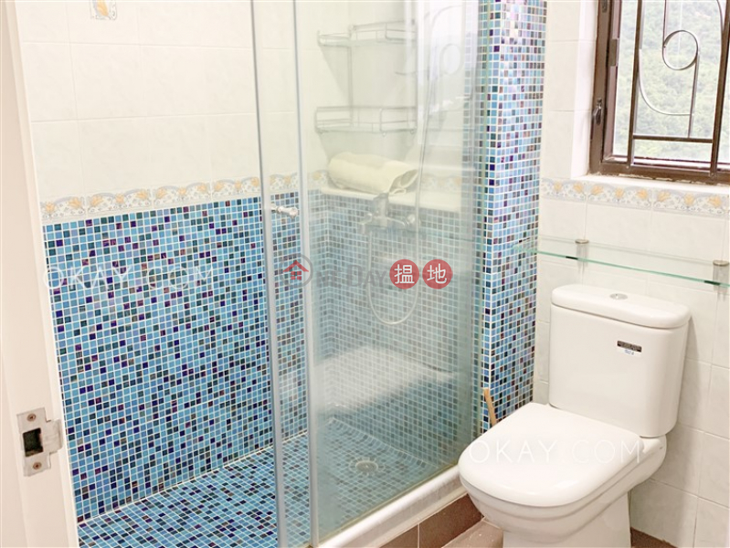 HK$ 55,000/ month, Braemar Hill Mansions, Eastern District | Efficient 3 bed on high floor with rooftop & balcony | Rental