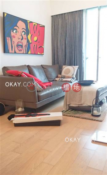 Stylish 2 bedroom in Sai Ying Pun | For Sale | Island Crest Tower 2 縉城峰2座 Sales Listings