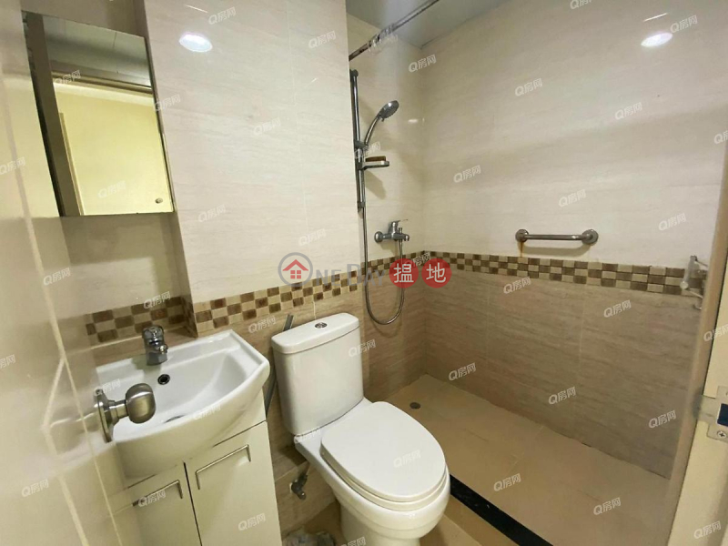 Hip Sang Building | 2 bedroom Mid Floor Flat for Sale | 107-115 Hennessy Road | Wan Chai District Hong Kong, Sales HK$ 7.68M
