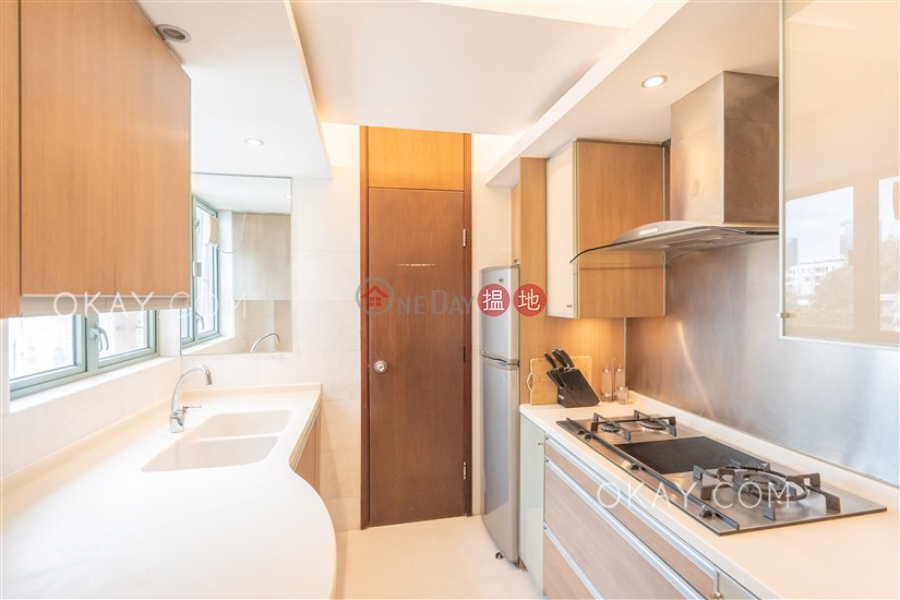 Property Search Hong Kong | OneDay | Residential Rental Listings Elegant 3 bedroom with balcony | Rental